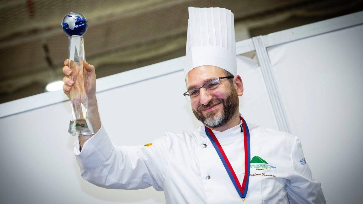 Vince il genovese Massimo Ferrante: consegna il premio Gabriel Paillasson.